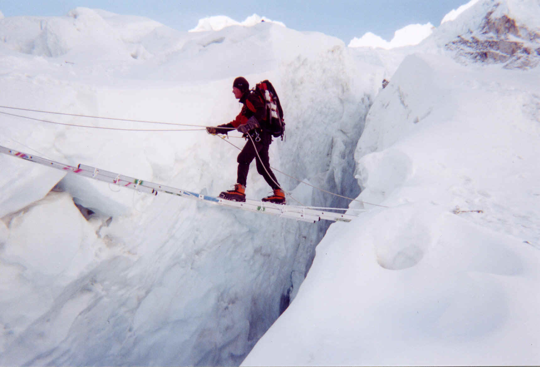 Photo ladder crossing on Everest South Ridge