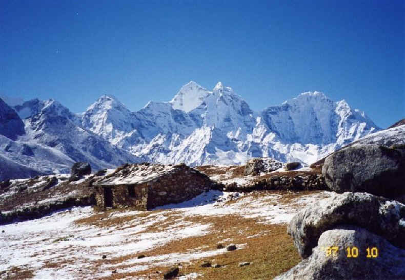 Above Pherice in the Khumbu Valley